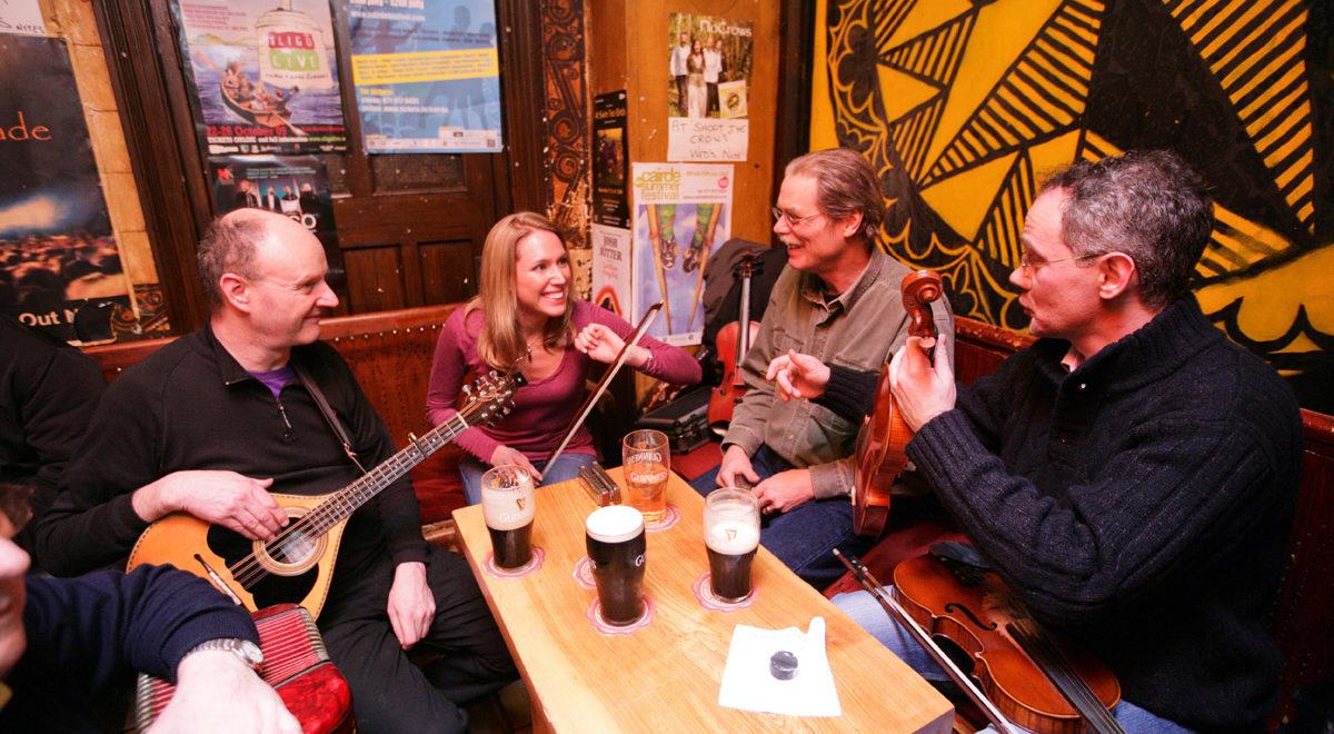Nord-Irland_pub_musikk