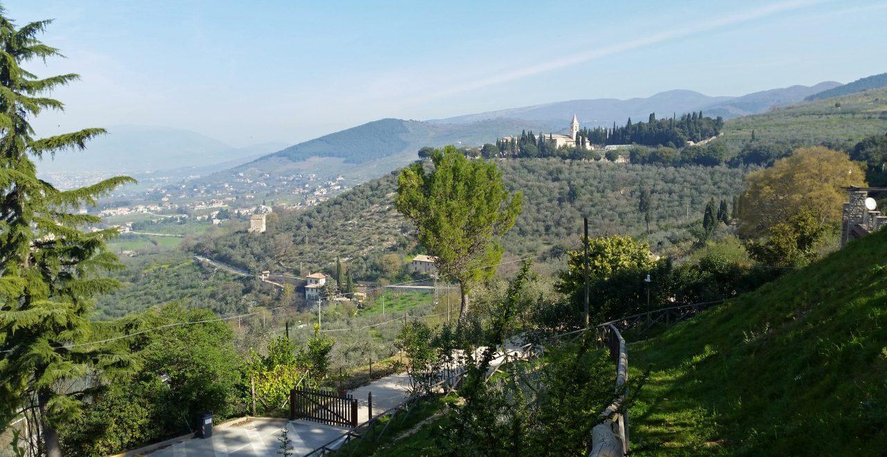 Trevi_Utsikt_fra_Umbria_Italia