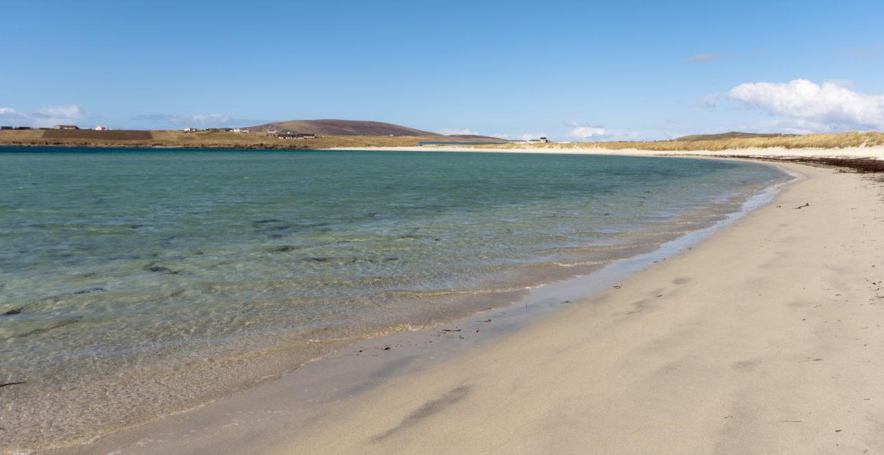 Strand ved Sumburgh, Shetland, Skottland