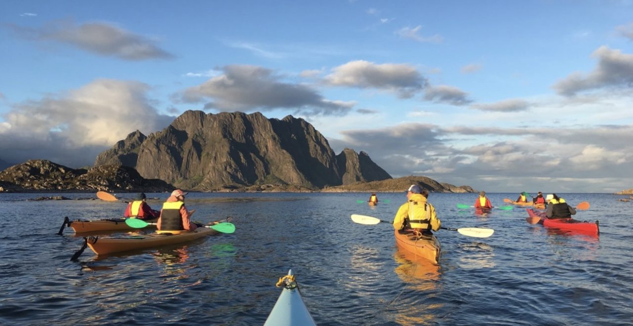 Norge_Lofoten_Aktiv_Kajakk_paddling_skrova