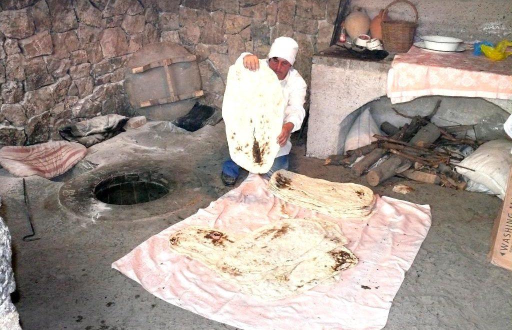Armenia bake lavash Garni