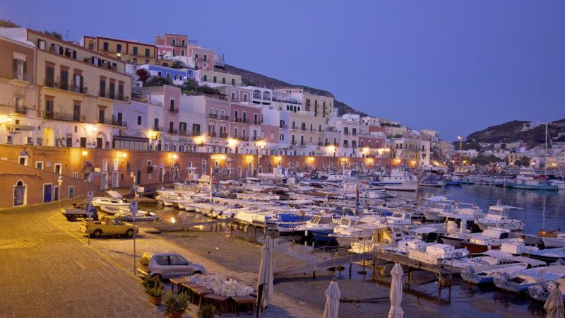 Ponza harbour, Italia, Lazio, Ponza