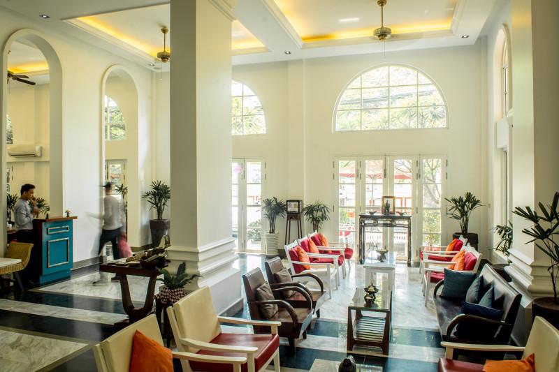 Kambodsja_Phnom_Penh_Frangipiani_Royal_Palace_hotel