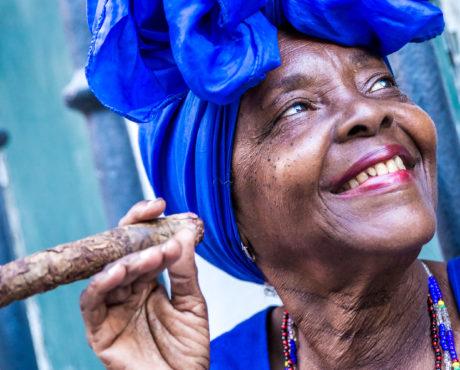 Cuba, Havanna, kvinne, sigar