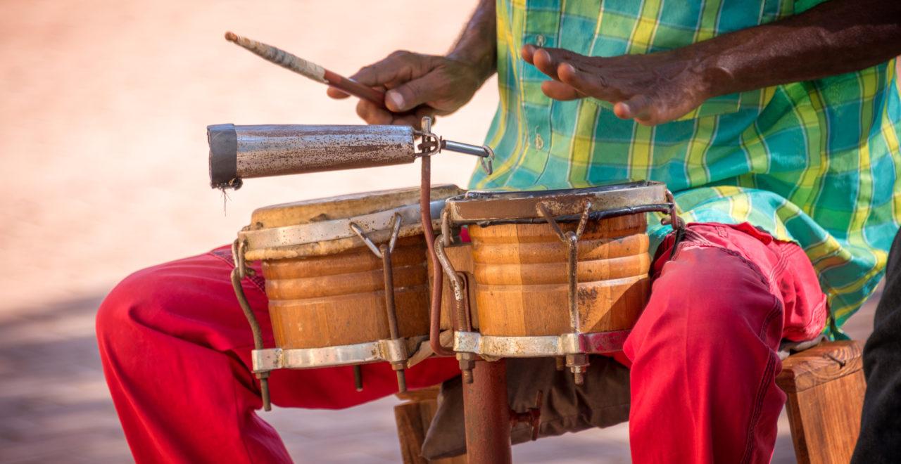 Cuba, Trinidad, musiker, trommer