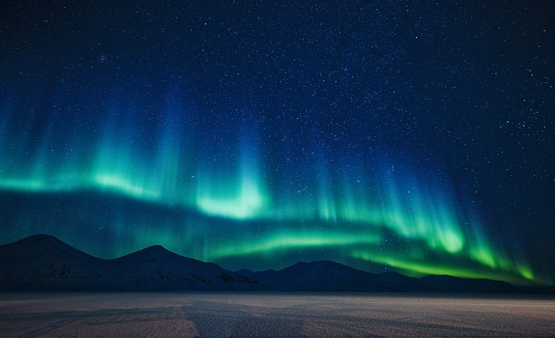 Norge_Svalbard_nordlys_Camp Barentz
